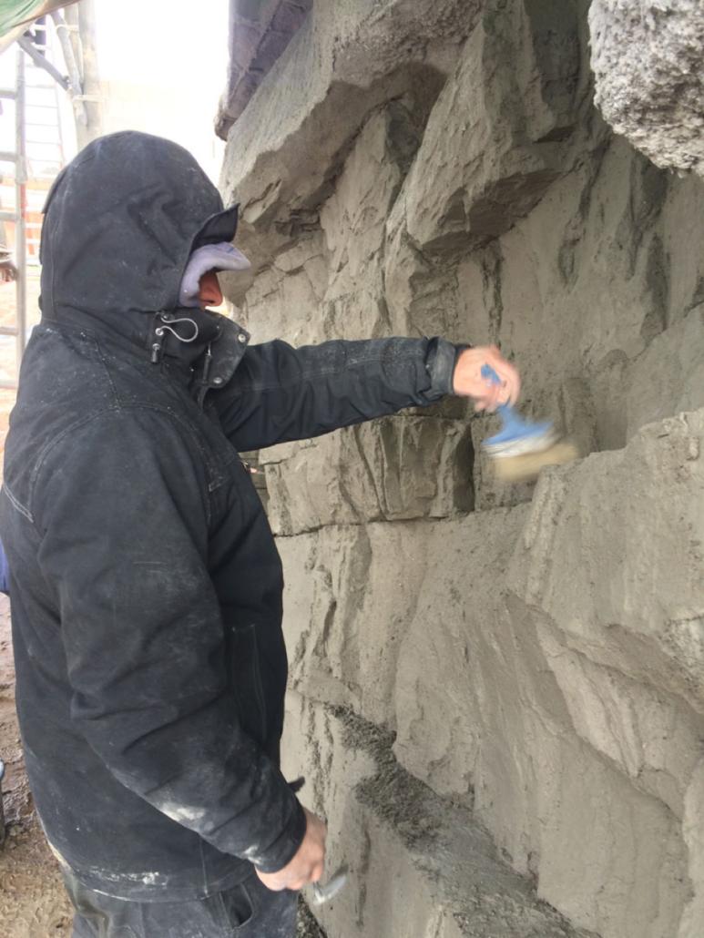 Kunstmatige rotsmuur