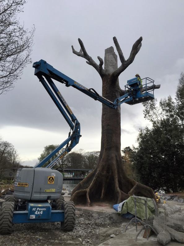 Kunstboom in aanbouw