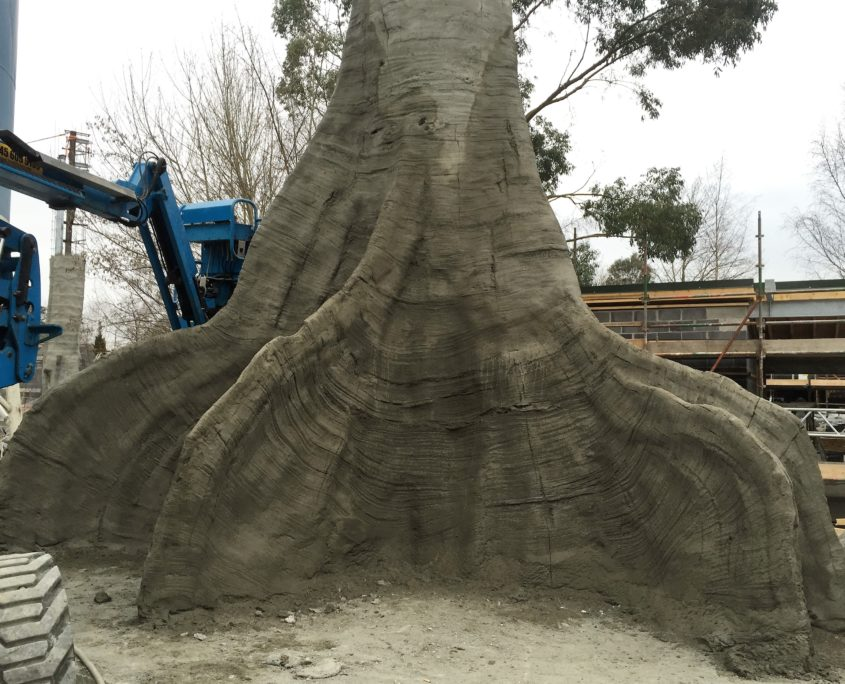 Artificial tree of concrete