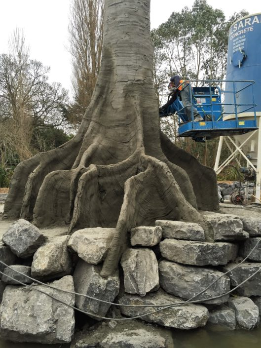 Stam kunstboom van spuitbeton